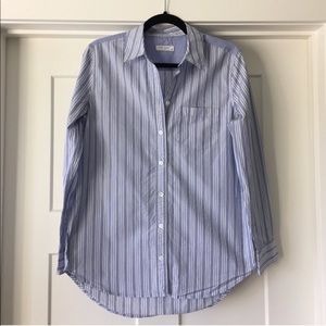 Equipment Reese button down periwinkle stripe